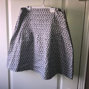 Cute Old Navy skirt. Size 10